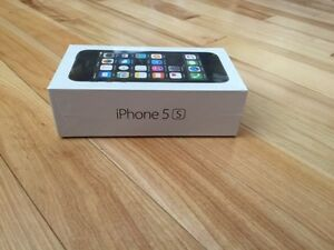 Brand New Unlocked Iphone 5 with original packing