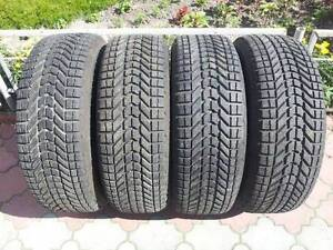 SET OF 4 WINTER TIRES 265 70 R 17 FIRESTONE WITH 80%