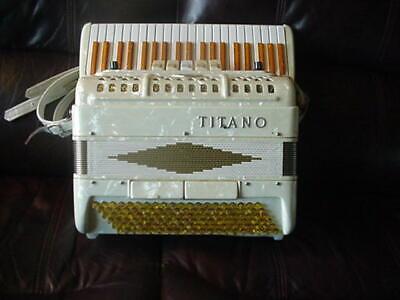 TITANO accordion. Local Pick-Up only.  La Grange, Kentucky near Louisville