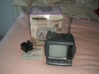 Television - Analogue 5 .5inch Maxim Portable T V with Radio- Retro /Vintage