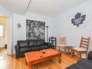DOWNTOWN ROOM RENTAL (CLOSE TO U OF G) - INTERNET INCLUDED