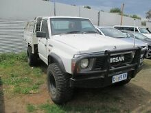 1992 Nissan Patrol (4x4) White 5 Speed Manual 4x4 Cab Chassis Invermay Launceston Area Preview