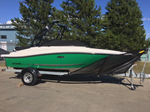 WEEKEND SPECIAL!!  ONLY $139 BI-WEEKLY!!  2014 SEA RAY 190 SPORT