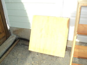 Cutting board - $20 (Penticton)