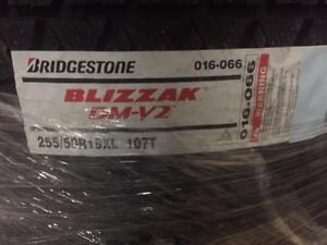 ON SALE BRAND NEW Bridgeston Blizzak LM-V2  25550R19 107T