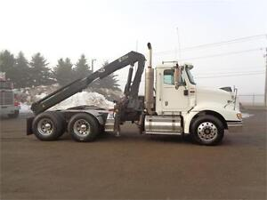 2005 INTERNATIONAL 9200I DAYCAB TRACOTR WITH HIAB KNUCKLE BOOM