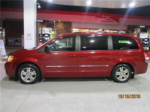 2008 DODGE GRAND CARAVAN SXT LIKE NEW.LOADED TO THE MAX.