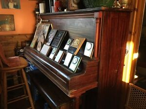 ENNIS UPRIGHT PIANO FREE FOR THE TAKING