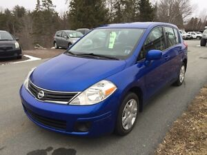 2011 Nissan Versa - perfect size hatch!