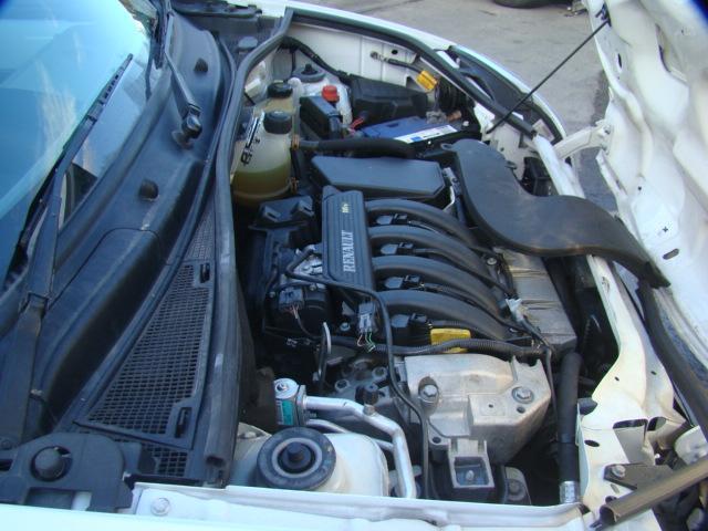 Renault Kangoo Fuse Box In Engine Bay  1 6ltr Petrol Auto