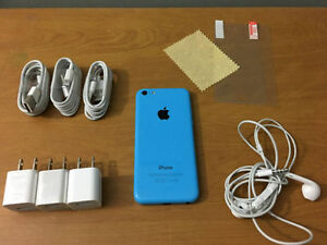 Mint Blue Iphone 5c TELUS/KOODO + MUCH MORE!