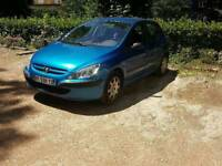 Peugeot 307 French car