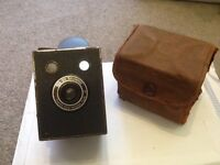 Vintage Kodak Camera Six-20 Brownie with case
