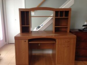Desk with Hidden Return and Hutch