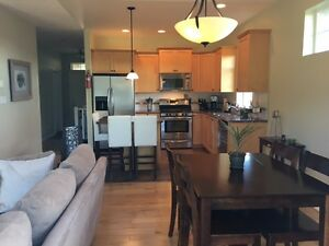 3bdrm 2bath Upper Level Suite in Sooke (Sunriver Estates)