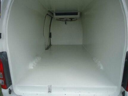 2010 Toyota Hiace TRH221R MY11 Upgrade SLWB White 4 Speed Automatic Van