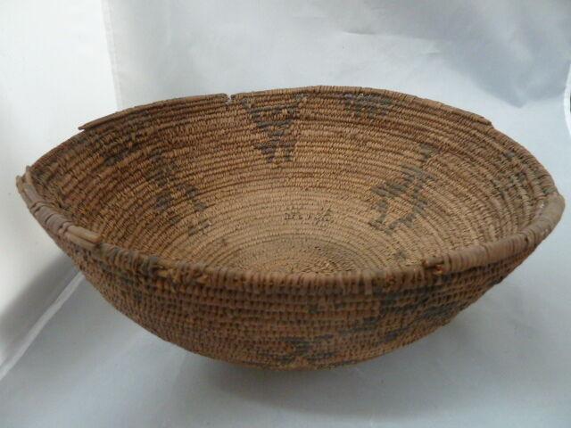 "Native American Large  Weave Basket Bowl. Nice Design. Approx 12.25"" Diameter"