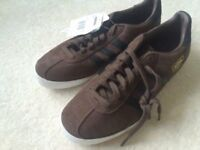MENS ADDIDAS TRAINERS SIZE8