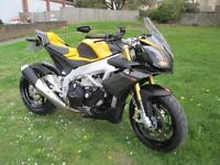 Aprilia Tuono V4 APRC SPORTS MOTORCYCLE