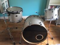 Tama Starclassic Drum Kit w/ cases and two stands