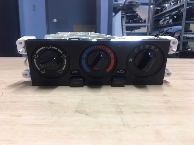 2005 Nissan Patrol GU AC Control Module   Auto Body parts