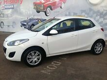 2012 Mazda 2 DE MY12 Neo White 5 Speed Manual Hatchback Cleveland Redland Area Preview