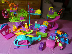 POLLY POCKET LOT... INCLUDES 20 DOLLS