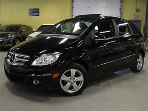 2010 Mercedes-Benz B-Class B200/ PANORAMIC SUNROOF/ LOW KM