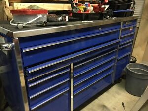 SNAP ON TOOL CHEST KRL1163PCM willing to trade to smaller box