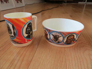 VINTAGE STAR WARS, EMPIRE STRIKES BACK CEREAL BOWL AMD MUG