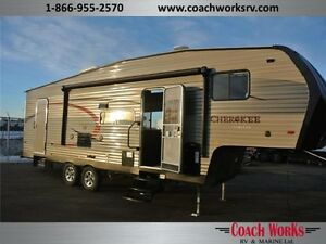 2016 Cherokee 265B Our Best Selling Floorplan BUT in a 5th Wheel
