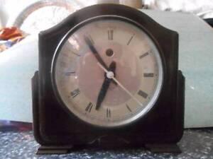 ART Deco Bakerlite Small Mantle Clock Moonee Ponds Moonee Valley Preview