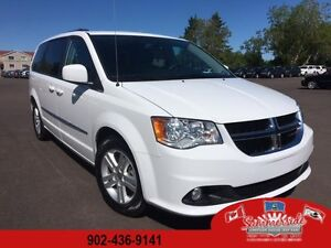 2015 Dodge Grand Caravan Crew Plus Leather, Sunroof, Back Up Cam