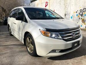 2012 Honda Odyssey Touring/No Accidents/8 Passenger/Navi/Sunroof