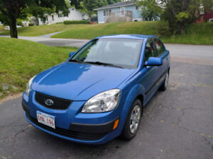 FS by Owner: Low KM 2009 Kia Rio - Heated Seats, No Rust