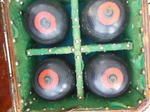 antique lawn bowling bowls/balls in antique wooden box London Ontario image 6