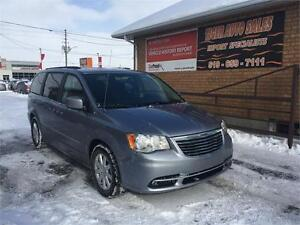 2016 Chrysler Town & Country**ONLY2 KMS****NAVI***BACK-UP CAMERA