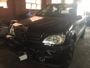 WRECKING A MERCEDES ML270 2004 FOR PARTS