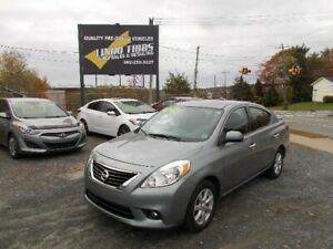 2014 Nissan Versa SL LOADED ONLY 33000 KMS