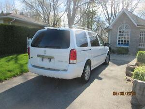 2006 Buick Terraza Minivan, Van