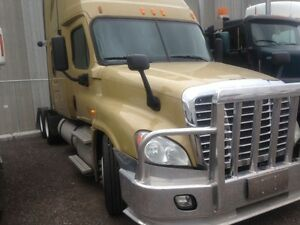 Call Syed for 2013 Freightliner Cascadia 72' double bunk,Autom