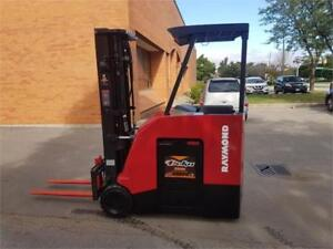 Used Electric Raymond 425-C40TT Stand Up Forklift