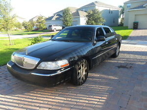 2006 Lincoln TownCar,Loaded,Black,PrivateUsed,HiwayKm,Wellmaint