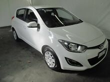 2015 Hyundai i20 PB MY14 Active Polar White 4 Speed Automatic Hatchback Invermay Launceston Area Preview