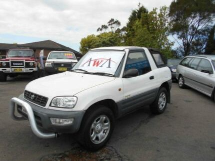 1998 Toyota RAV4 (4x4) White 5 Speed Manual 4x4 Cabriolet Greenacre Bankstown Area Preview
