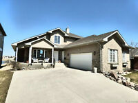 Whyte Ridge Riparian Villa **OPEN HOUSE** May 9th & 10th 3-5pm