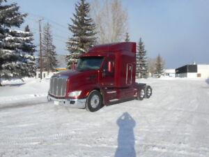 2013 Peterbilt 579 tractor, 485 Paccar, 18 speed, 4 way locks