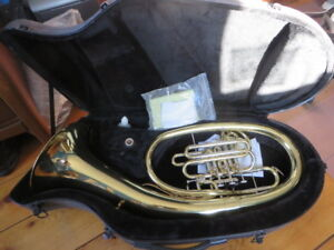 Wagner Tuba, (French horn). Bb/F