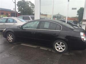 Nissan Altima 2006 automatique 4 portes $1250.. Alain 514 793-08