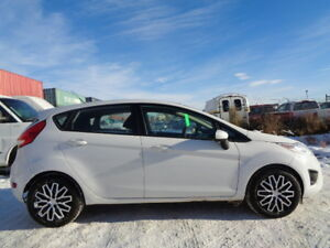 2013 Ford Fiesta SE SPORT-HEATED SEAT-NEW WINTER TIRES-ONLY 109K